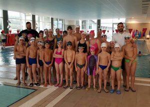 foto di gruppo squadre nuoto q-bo wellness
